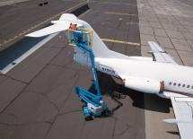 Z-4525-plane-repair_3